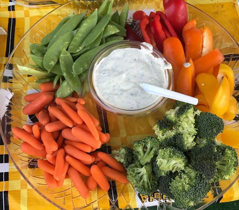 Green Goddess Dip with Veggies