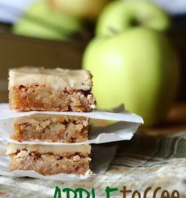 APPLE TOFFEE BLONDIES (Adapted from cookiesandcups.com)