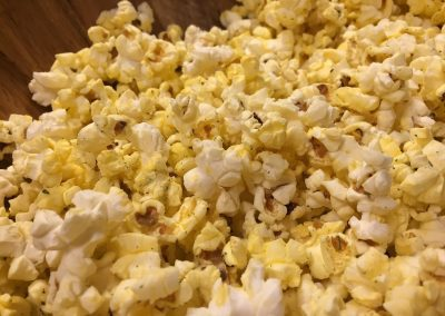 RANCH DRESSING POPCORN (Adapted from foodandwine)