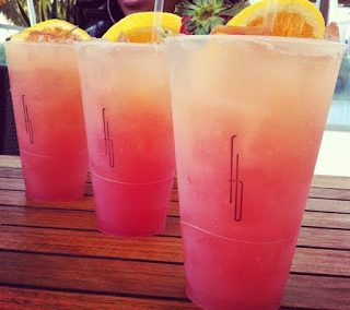 HARD STRAWBERRY LEMONADE