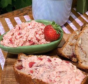 STRAWBERRY BREAD (WITH STRAWBERRY BUTTER) (Adapted from Recipe.com)