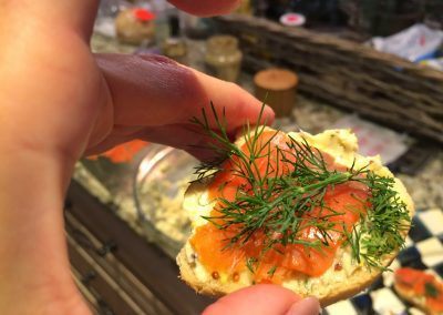 MINI SALMON TOASTS WITH DILL BUTTER