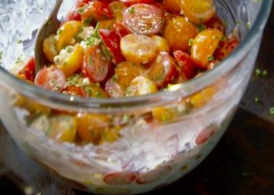 CHERRY TOMATOES WITH BUTTERMILK BLUE CHEESE DRESSING  (Adapted from Tyler Florence)