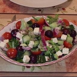 LAYERED GREEK SALAD