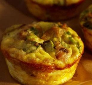TURKEY SAUSAGE MINI QUICHES (Adapted from Eating Well)