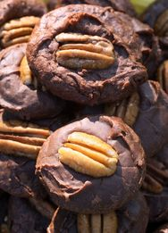 SUNDAY IN THE PARK CHOCOLATE COOKIES (or chewy fudge cookies) (Adapted from The Atlanta Journal)