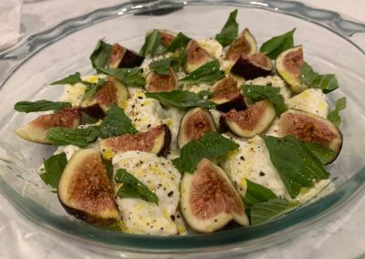 FIG CAPRESE SALAD  (Adapted from Bon Appetit)